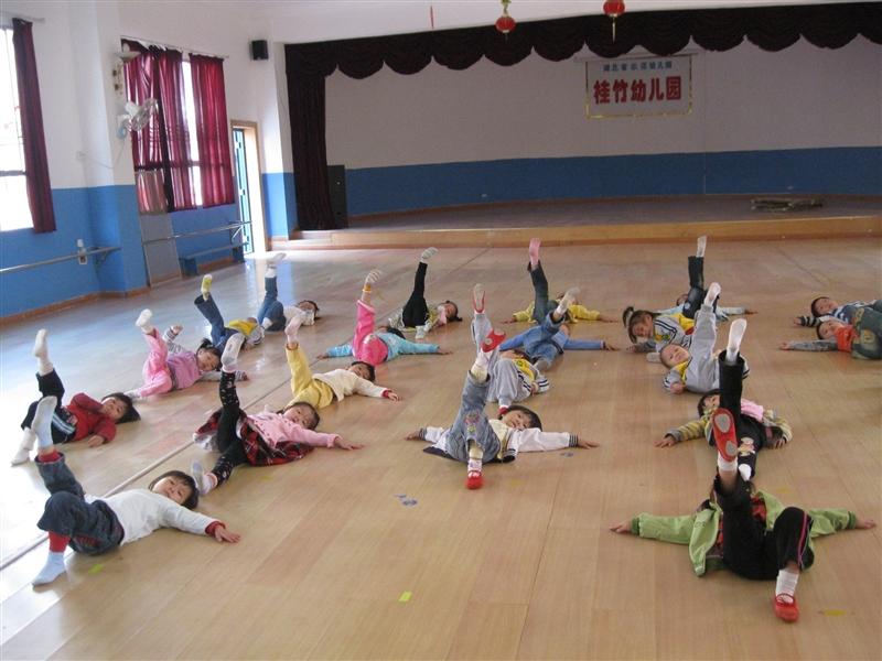 幼儿园班舞蹈兴趣班 图片合集